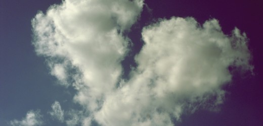 broken_heart_shaped_cloud-wallpaper-1440x900